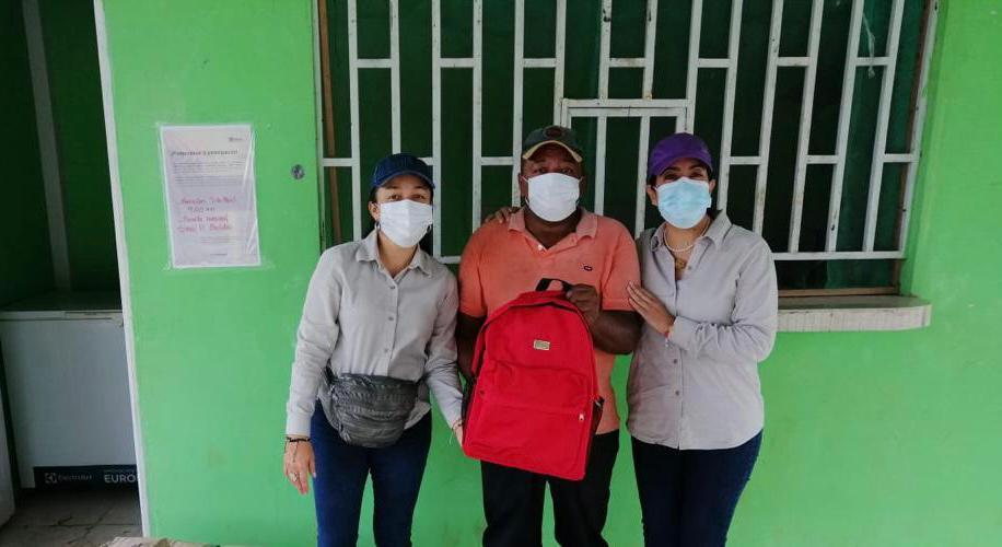Estudiantes de Puerto Asís y Puerto Guzmán recibieron kits escolares